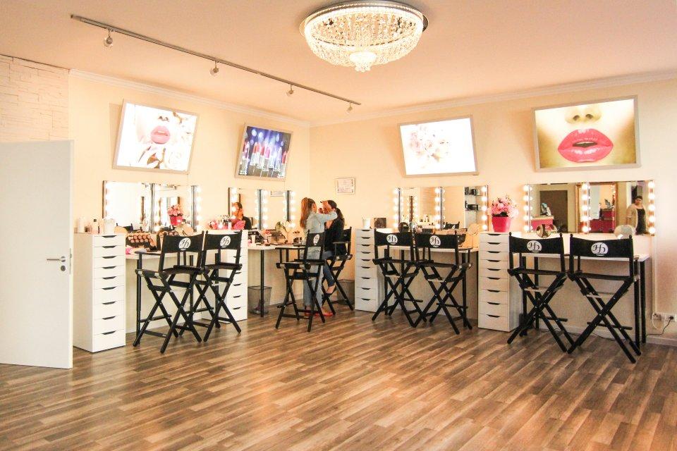 Hanadi Diab   Beauty Studio Stuttgart